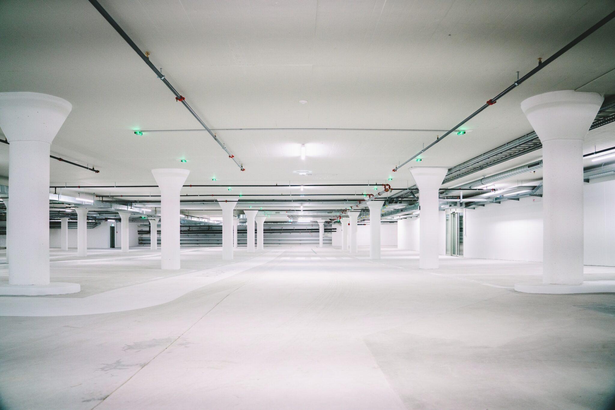 System parkingowe – jak to działa i czy warto?