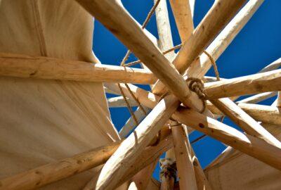 Jak przygotować się do budowy szkieletowego domu z drewna?