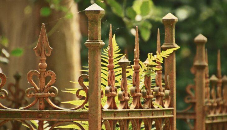 Ogrodzenia kute jak się robi