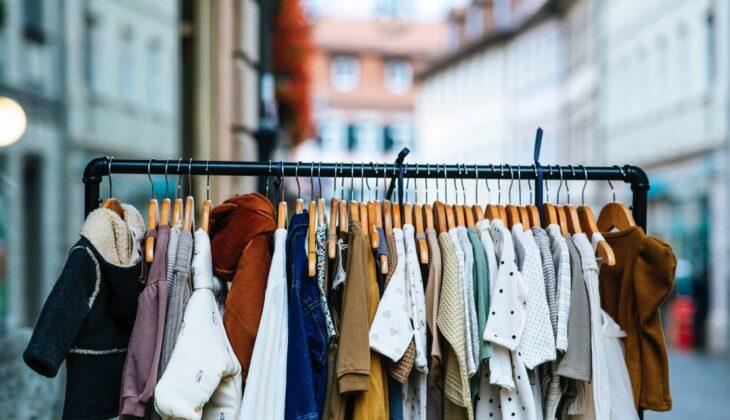 Gdzie kupować tanie ubrania dla dzieci?